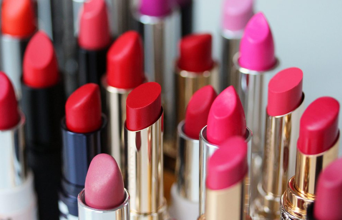 Lipstick generally has only one year of useful life! ?